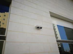 מתקין מצלמות אבטחה בחולון